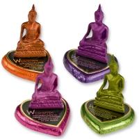 Polyresin-Buddha auf Pralinenherz, sortiert