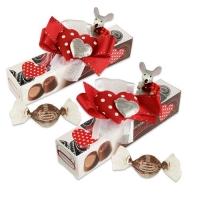 12 St. Polyresin-Maus auf Box, gefüllt mit feinen Pralinen